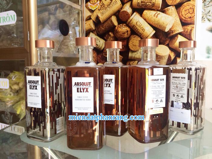 Chai mật ong rừng nguyên chất
