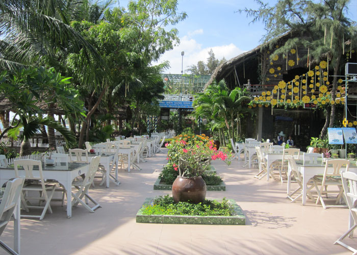 hoan cau resort